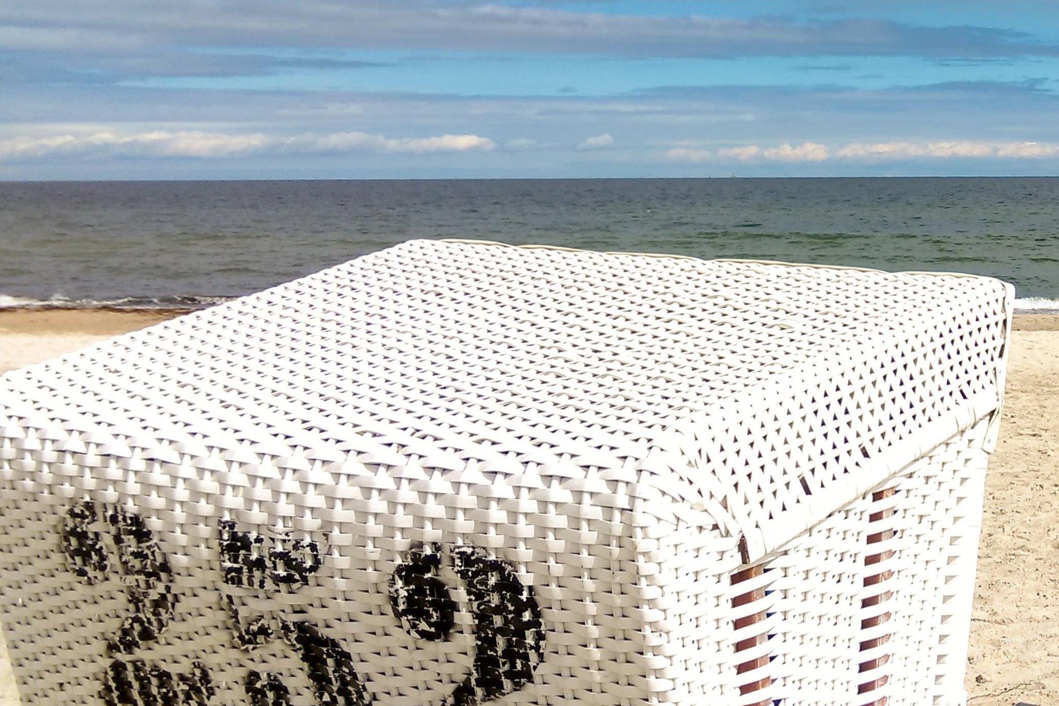 Standkorb an der Ostsee in Damp